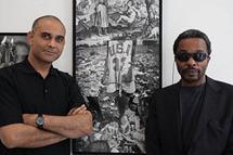 Le photographe martiniquais David Damoison et le commissaire d'exposition Simon N'Jami